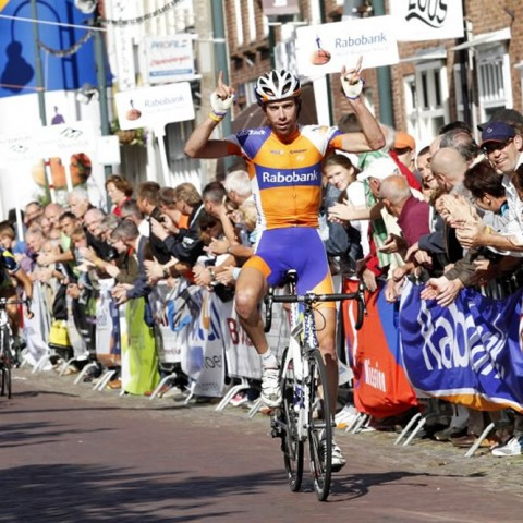 Laurens Ten Dam wint de rit-in-lijn